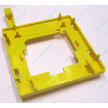 Жёлтый держатель-фиксатор HP 279681-001 для крепления CPU socket 604 к радиатору (Бердск)